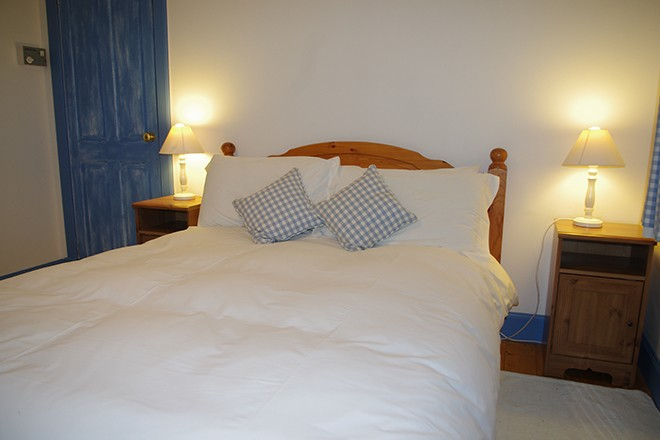 ardnacross-Byre-cottage-bedroom